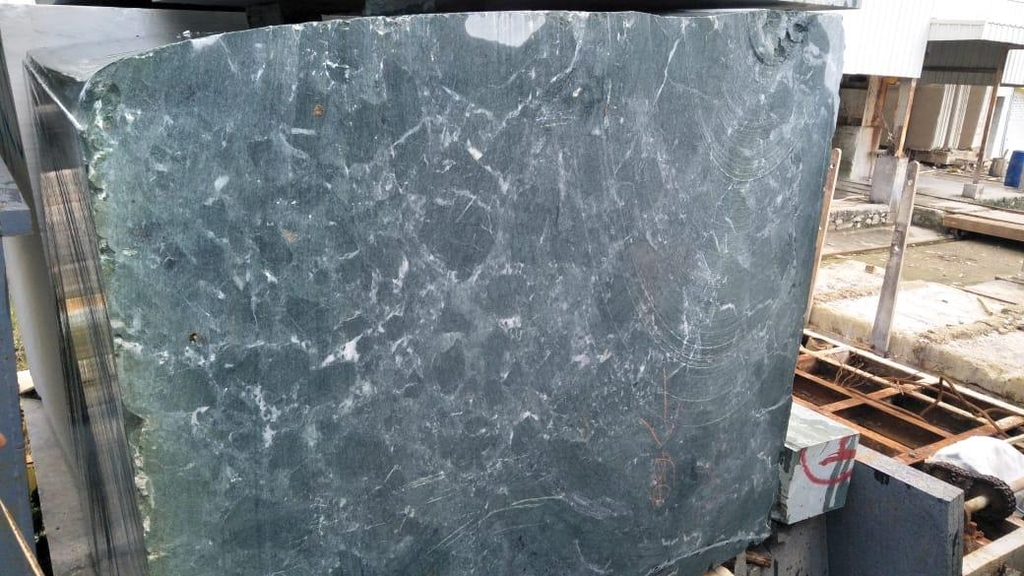 NATURAL STONE - IMPORTED MARBLE BLOCK - INDIA GREEN