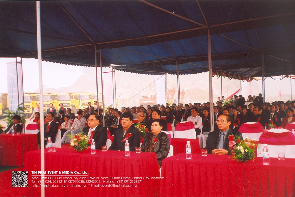 The Ground  Breaking Ceremony  Of He Duong Cement Factory With Capacity Of 3,6 Milion Tons/year