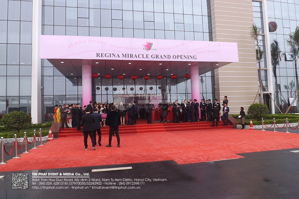 Regina Miracle International ( Holdings ) Limiteds Viet Nam Factory Grand Opening