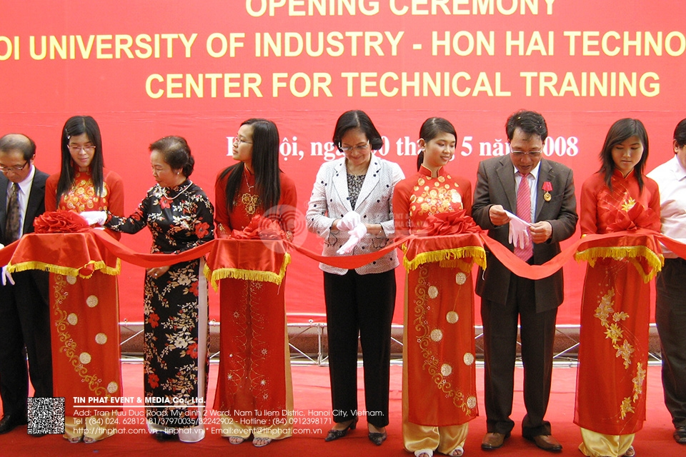 The Opening Ceremony of Ha noi University Center for Technical training - of Hong Hai Technology  Group