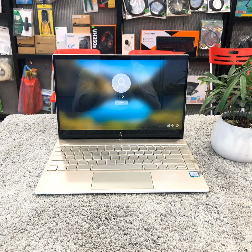 Laptop HP Envy 13-AH0027TU