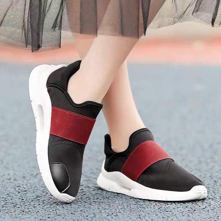 Giày Sneakers Nữ 01W870A70