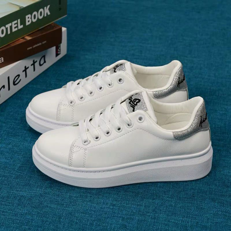 Giày Sneaker Nữ 17DXW08