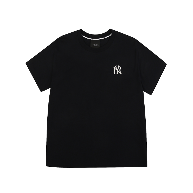 NEW YORK YANKEE T-SHIRT