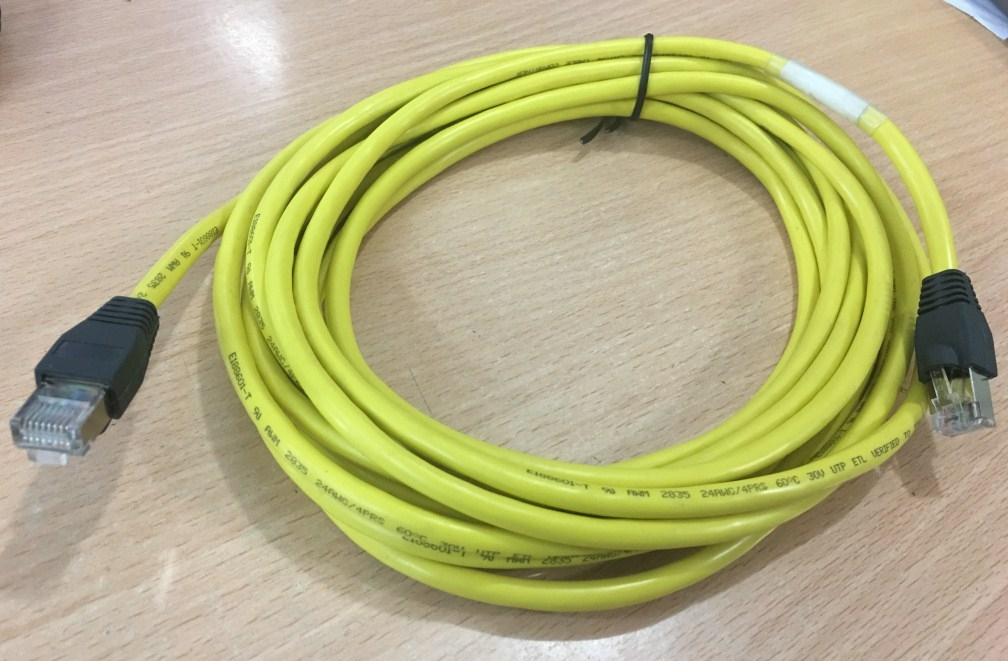 Cáp Mạng Đúc Bọc Sắt Chống Nhiễu CAT5E ETL Verified to EIA/TIA 568B CAT5E RJ45 Ethernet Network Patch Cable Straight-through Yellow Length 5M