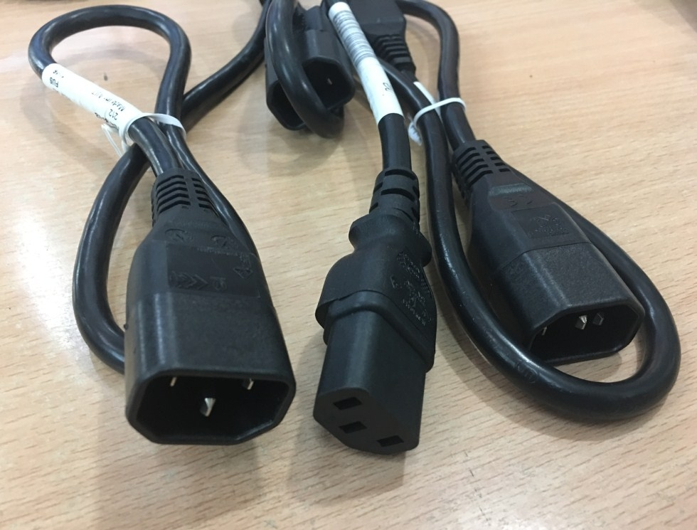 Dây Nguồn Cisco 72-4129-02 POWER CORD IEC60320 IEC C13 to IEC C14 10A/250V 2FT 3x1.0mm Length 0.7M