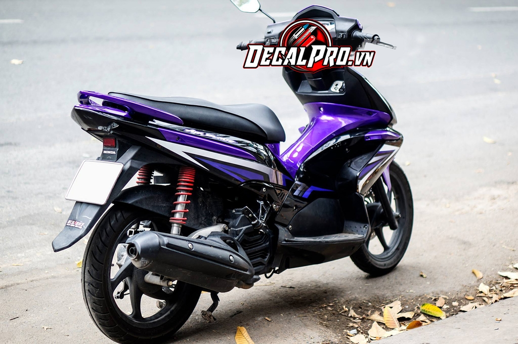 Tem xe Air Blade 2010 Red and Violet