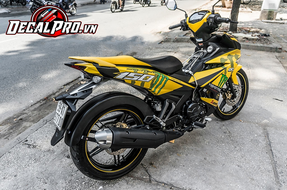 Tem xe Exciter 150 Yellow Monster