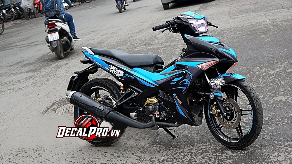 Tem xe Exciter 150 Factory Racing