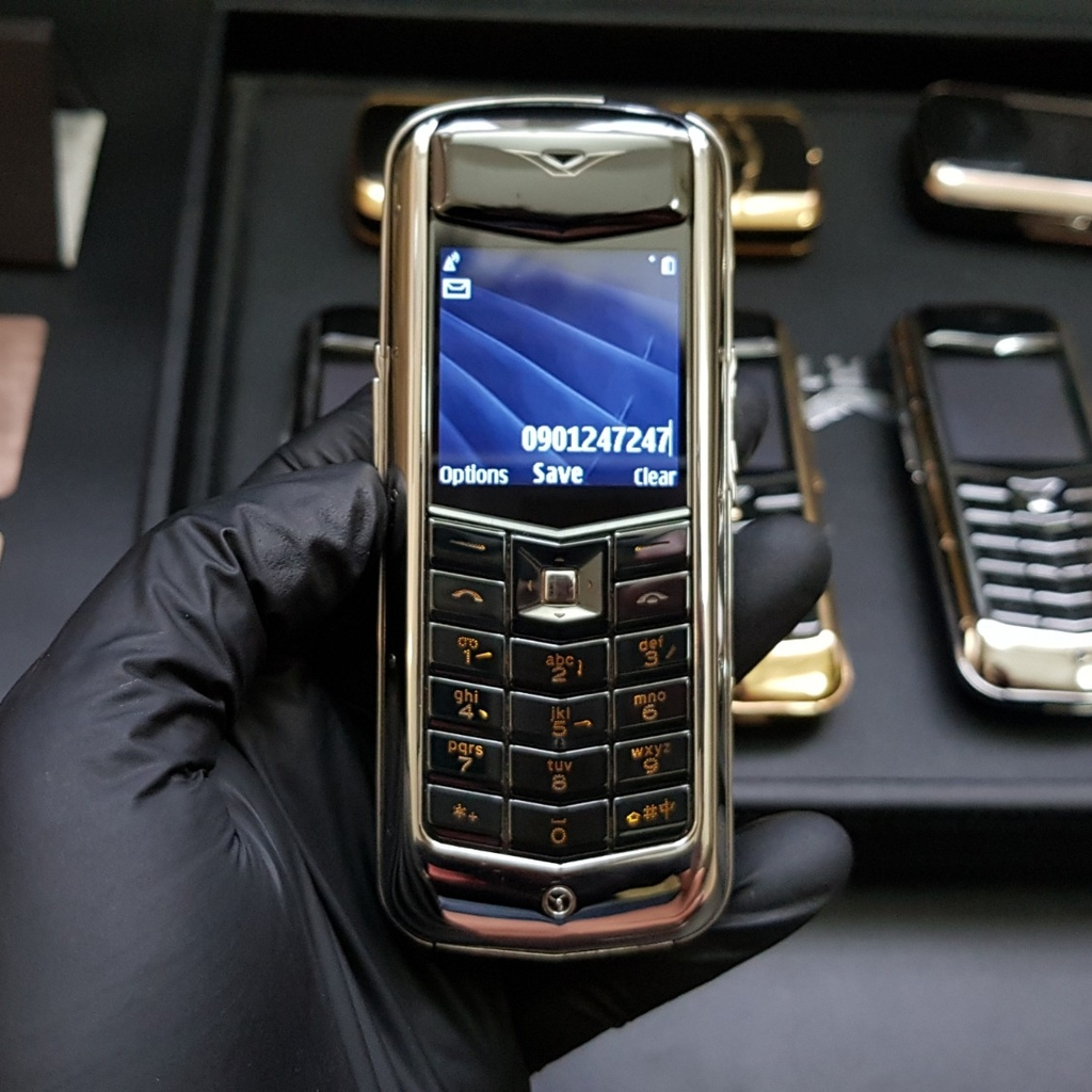 Vertu Constellation da đen