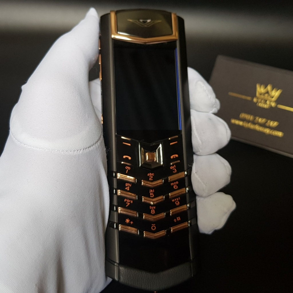 Vertu Signature S Black Mix Gold chế tác