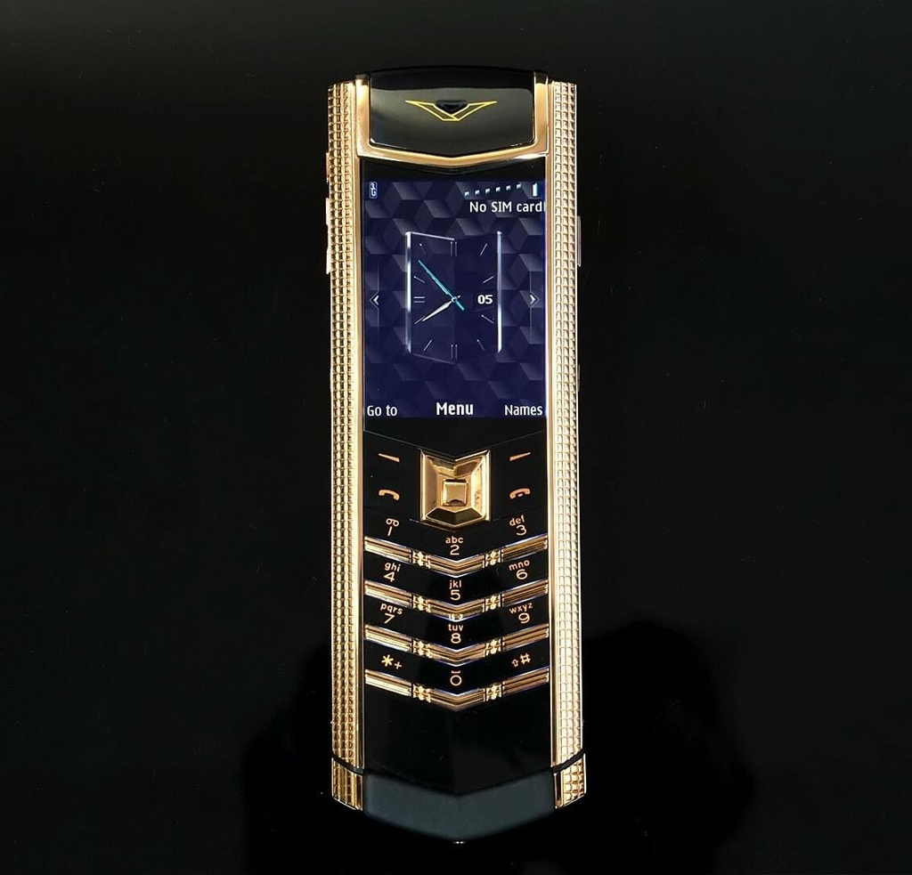 Vertu Signature S Cloud De Paris