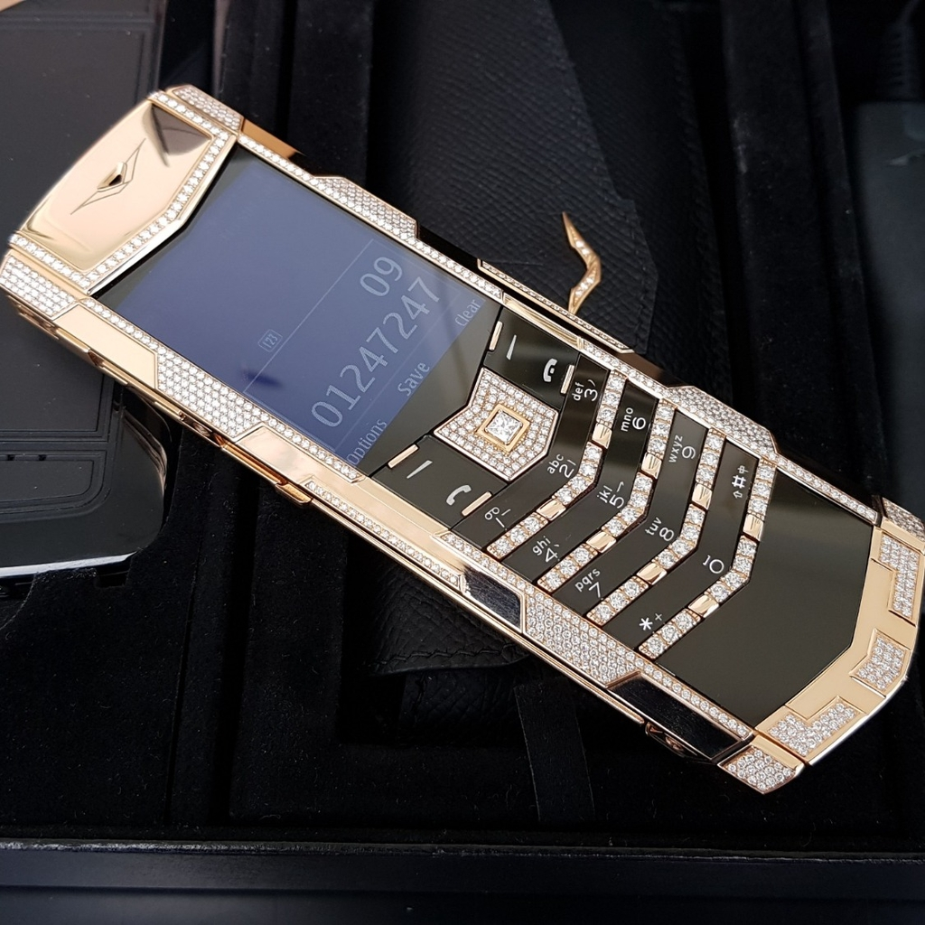 Vertu Signature S Full Gold Diamond Full Ziczac