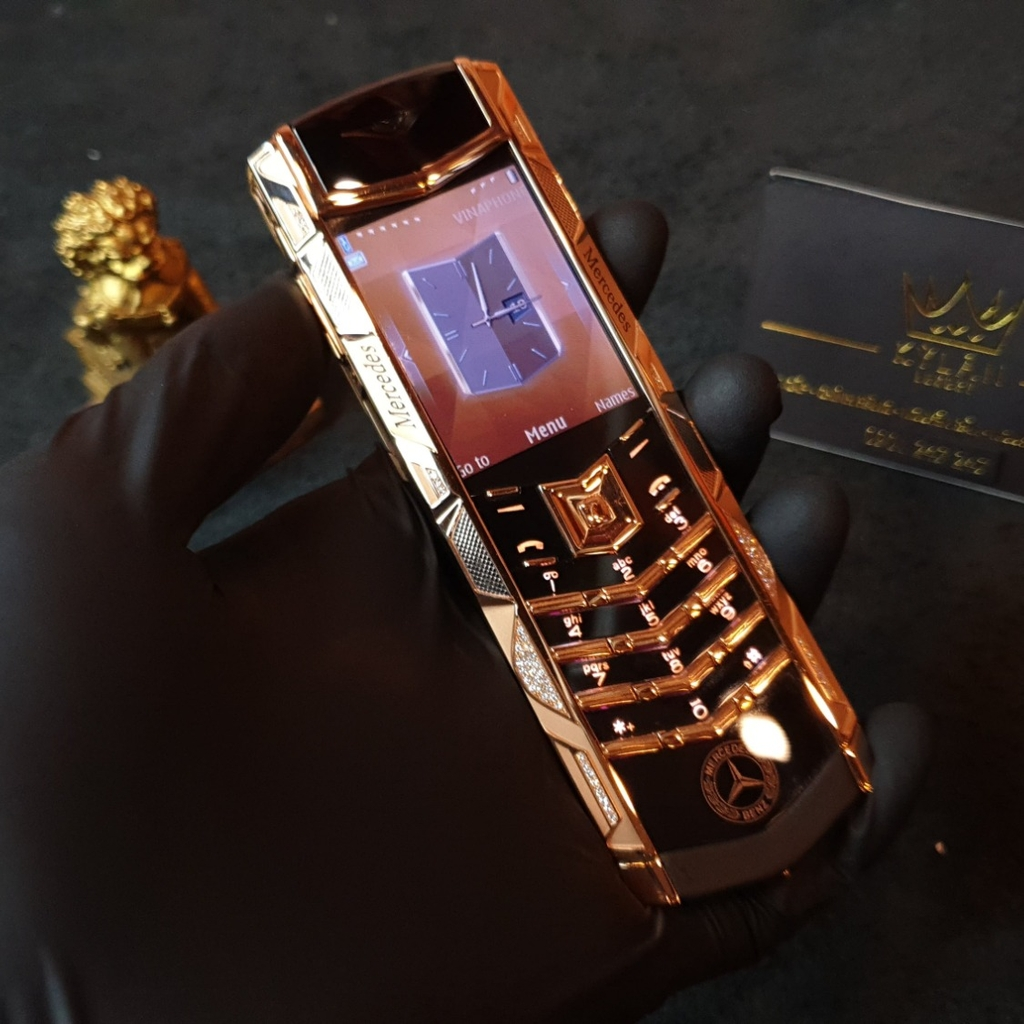 Vertu Signature S Gold Diamond Mercedes