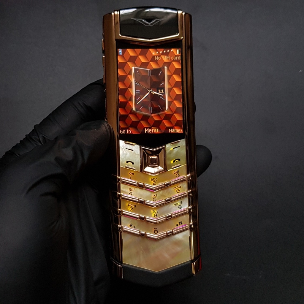 Vertu Signature S Gold Mother Of Pearl