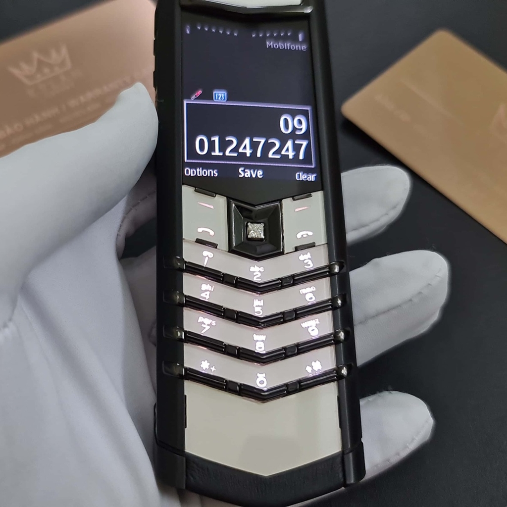 Vertu Signature S White and Black - A68698