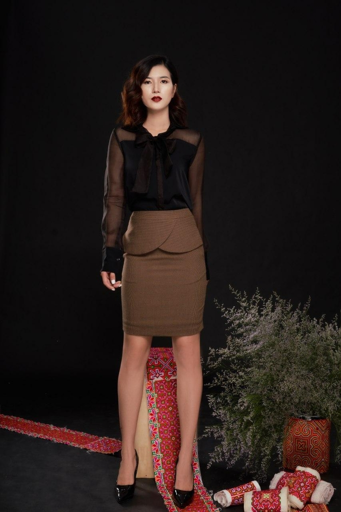 KV CLOSETS Gianna Skirt