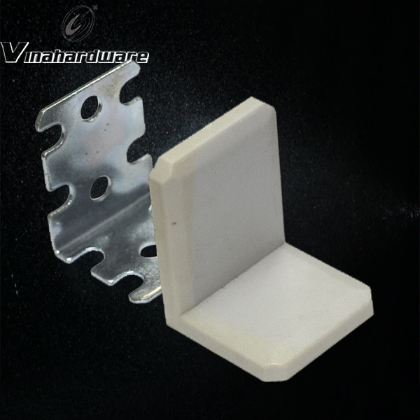 Square iron bracket with plastic cover BV859430Z3