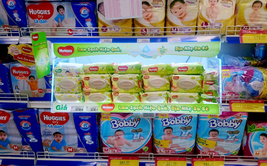 HUGGIES WET TISSUE BRAND