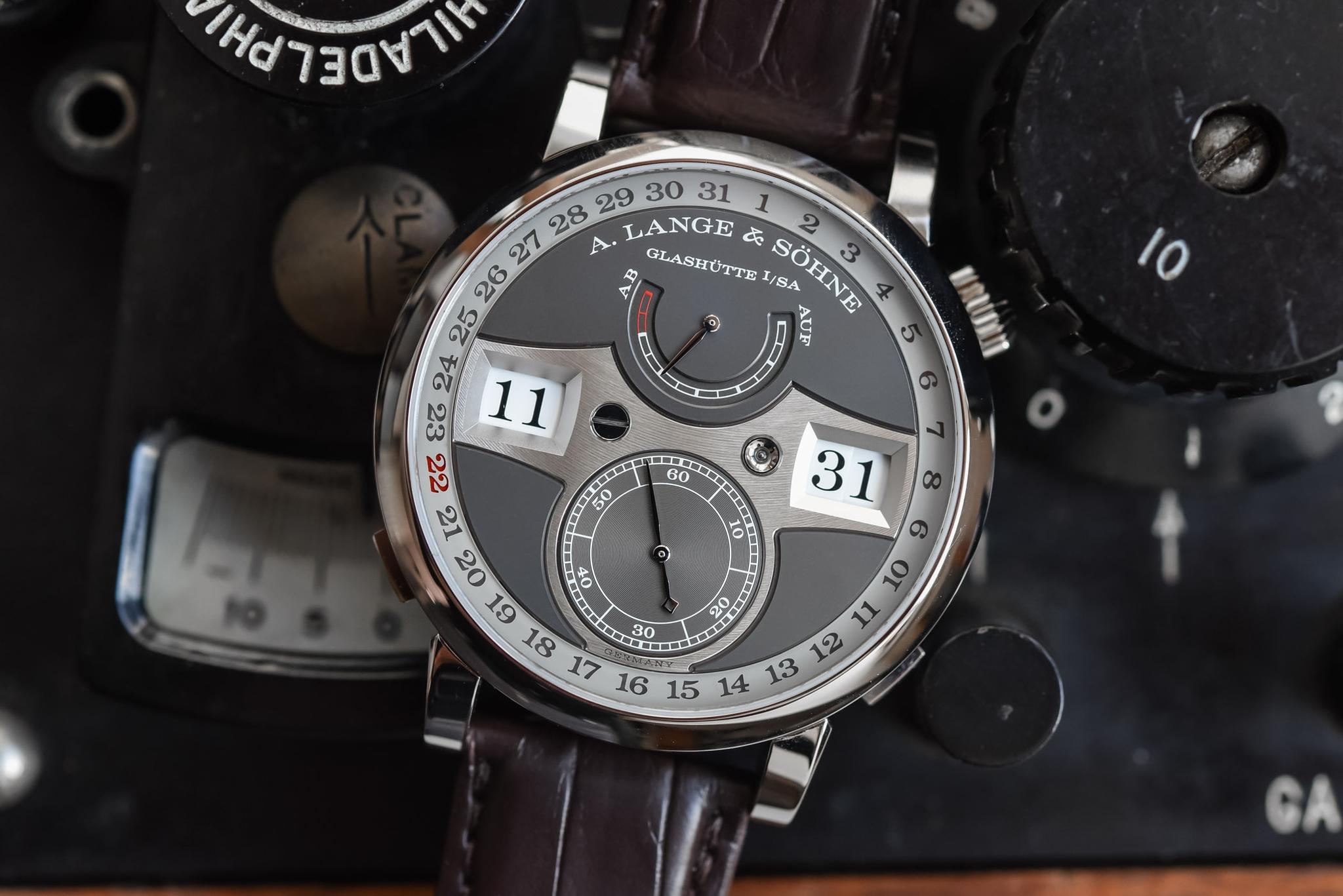 Đồng hồ A Lange Sohne Zeitwerk Date