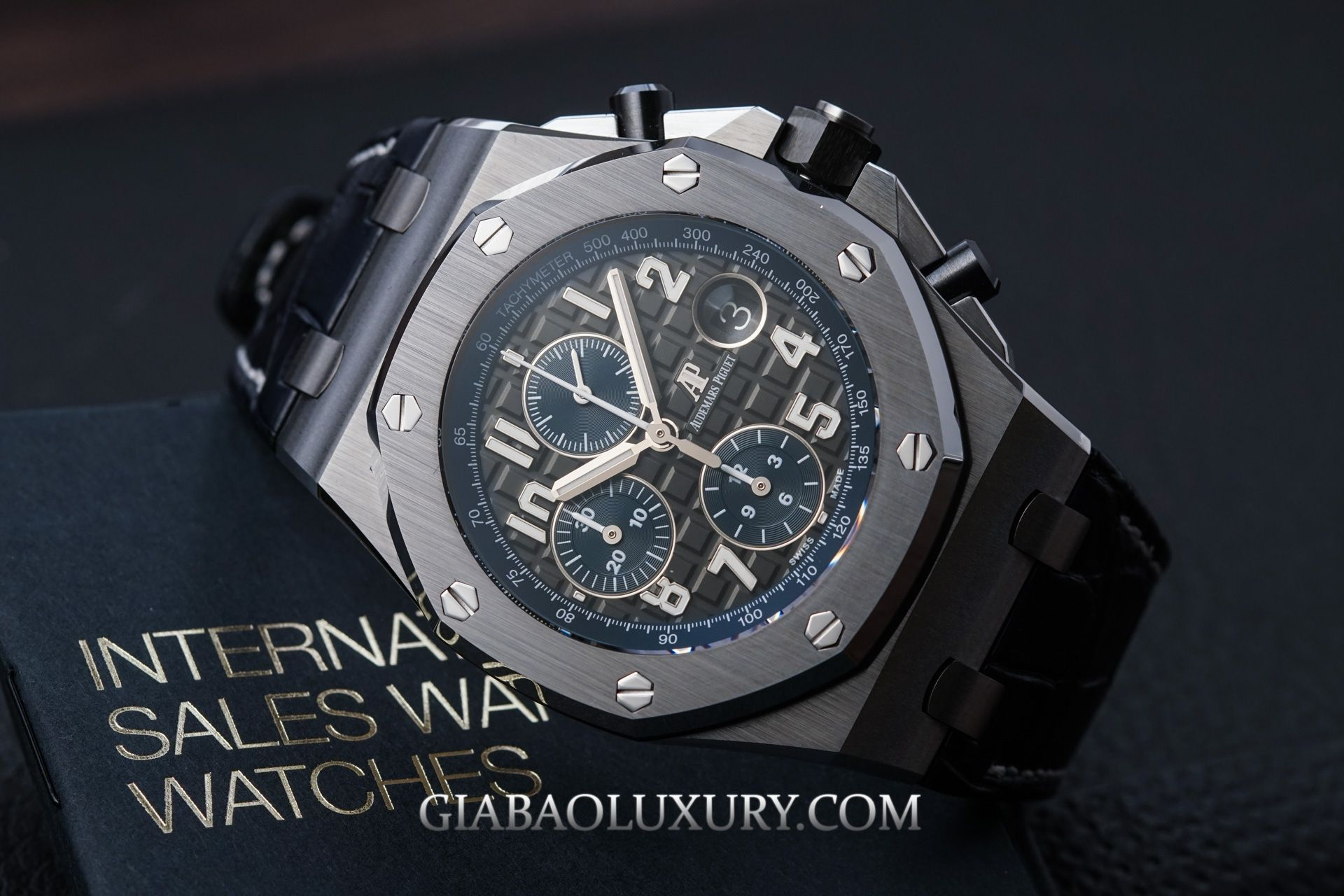 đồng hồ Royal Oak Offshore ref. 26470ST.OO.A028CR.01