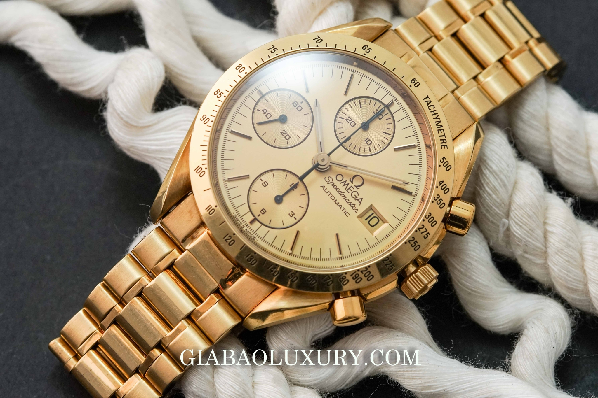Đồng Hồ Omega Speedmaster Professional Yellow Gold