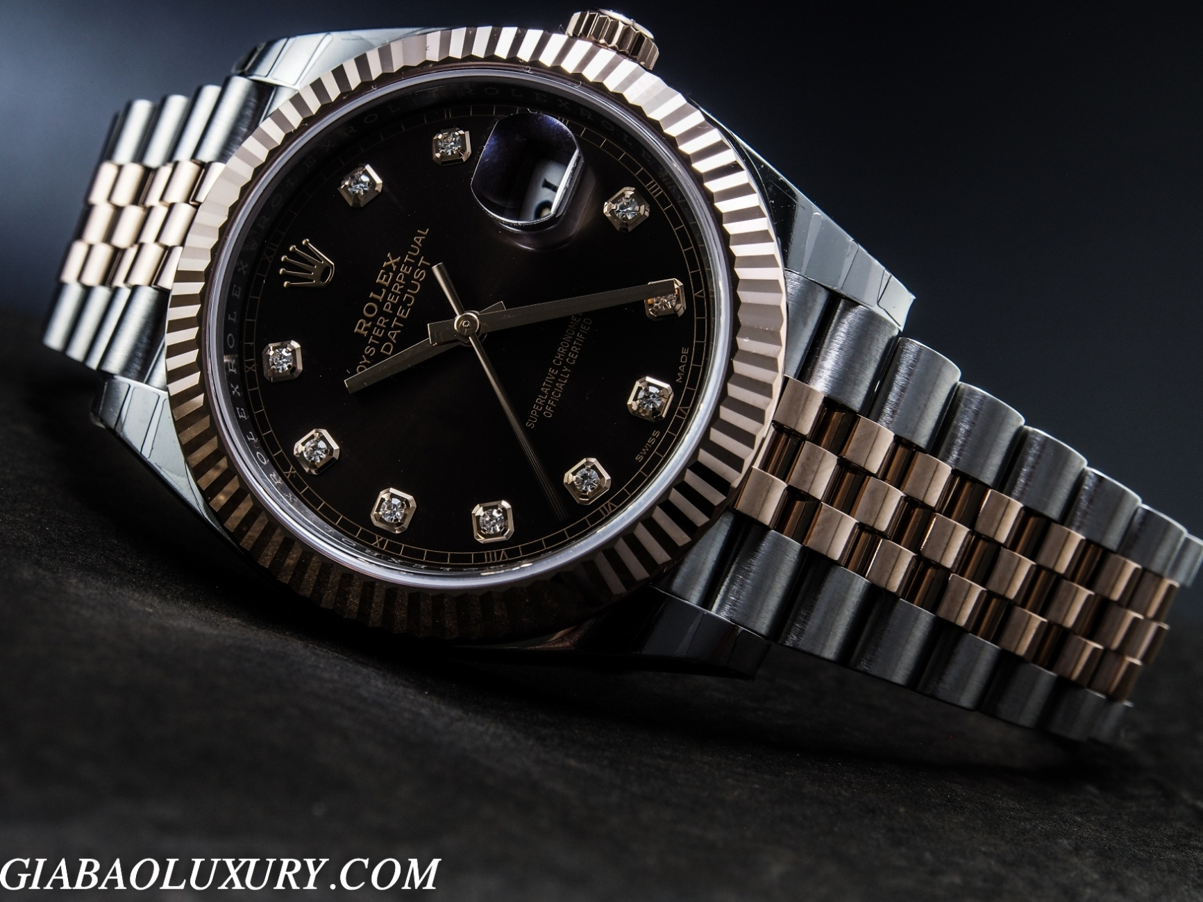 ĐỒNG HỒ ROLEX OYSTER PERPETUAL DATEJUST 126331