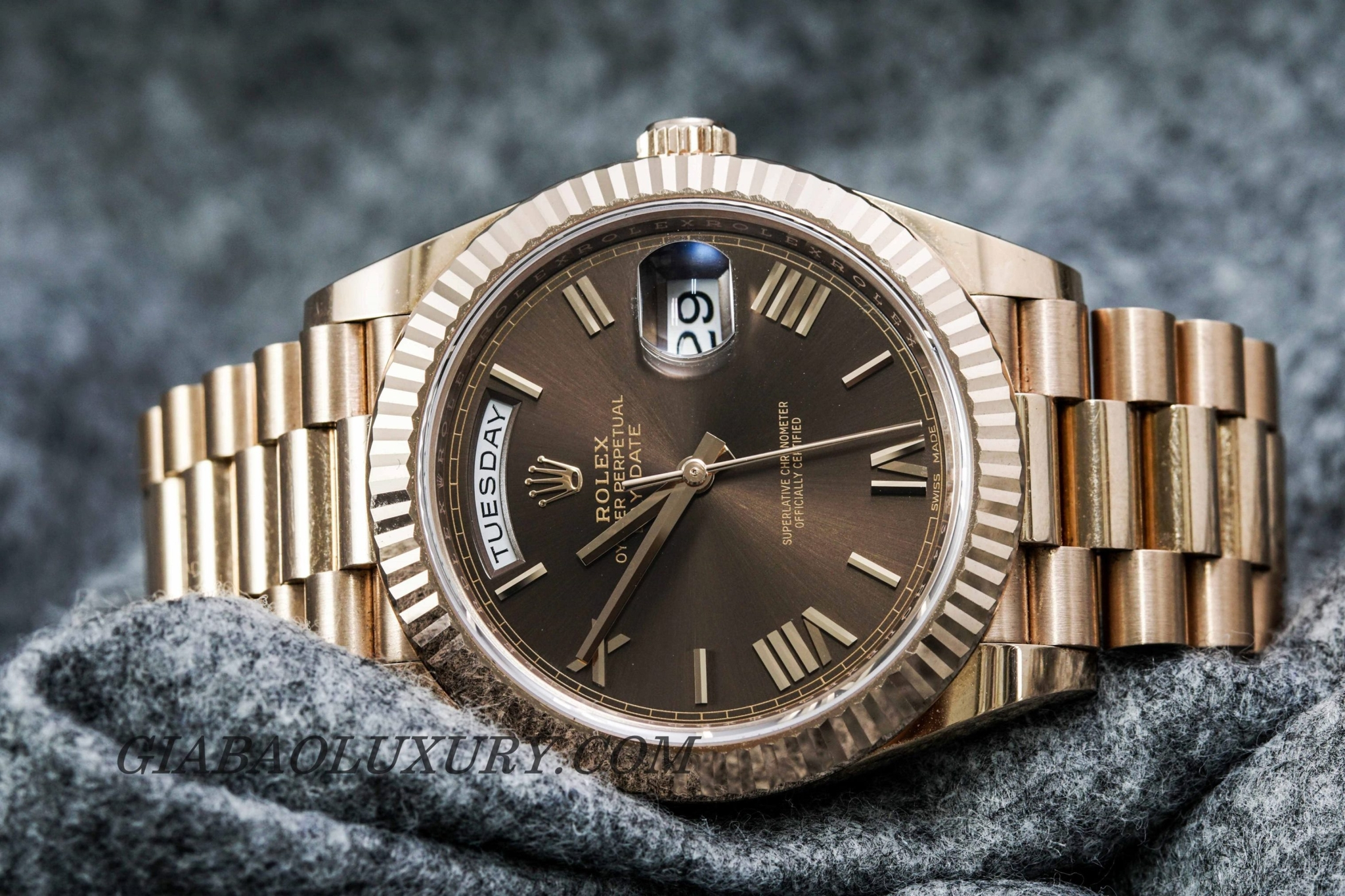 ĐỒNG HỒ ROLEX PRESIDENT DAY-DATE 228235