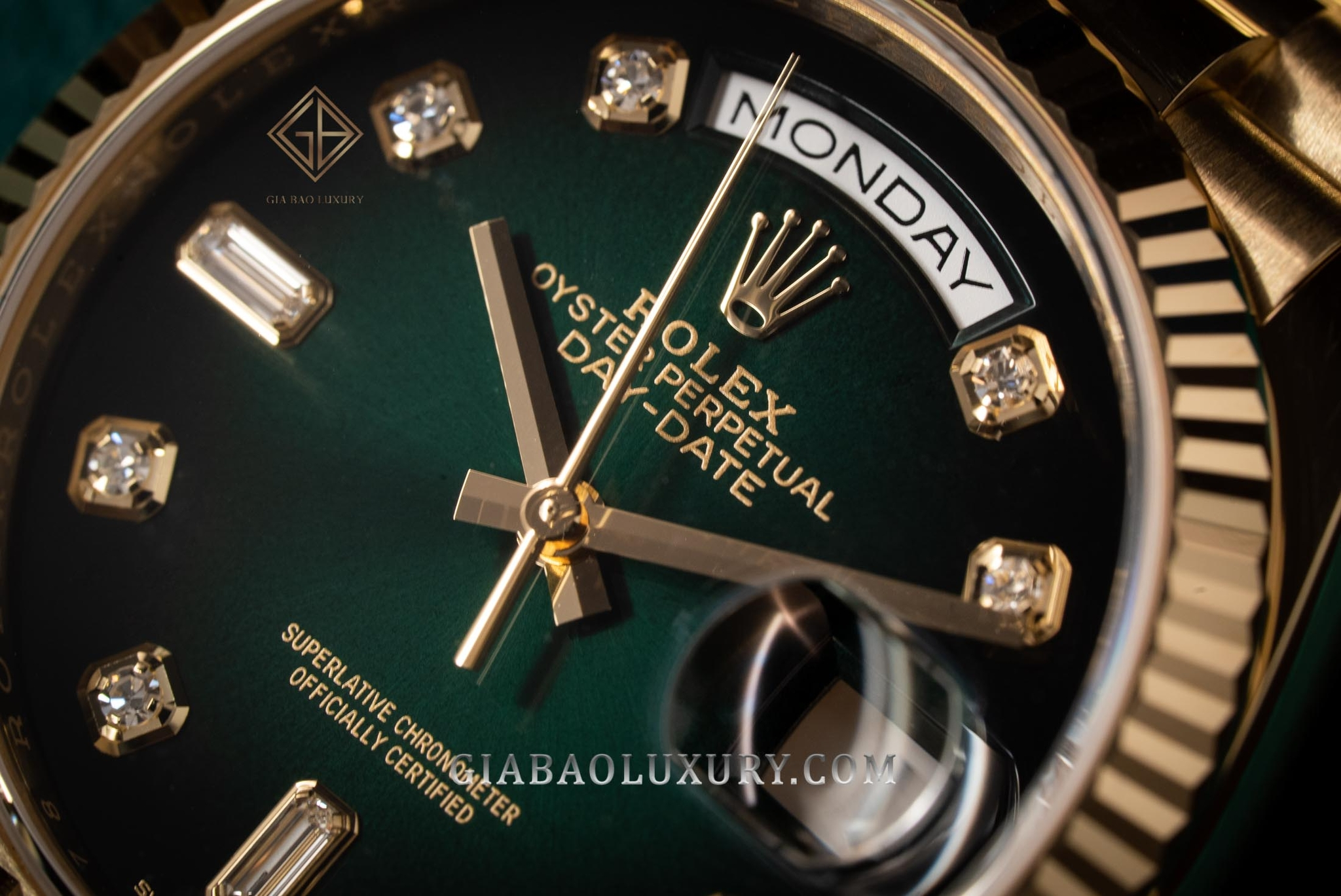 đồng hồ Rolex Day-Date 128238 ombré model mới 2019 tại Việt Nam