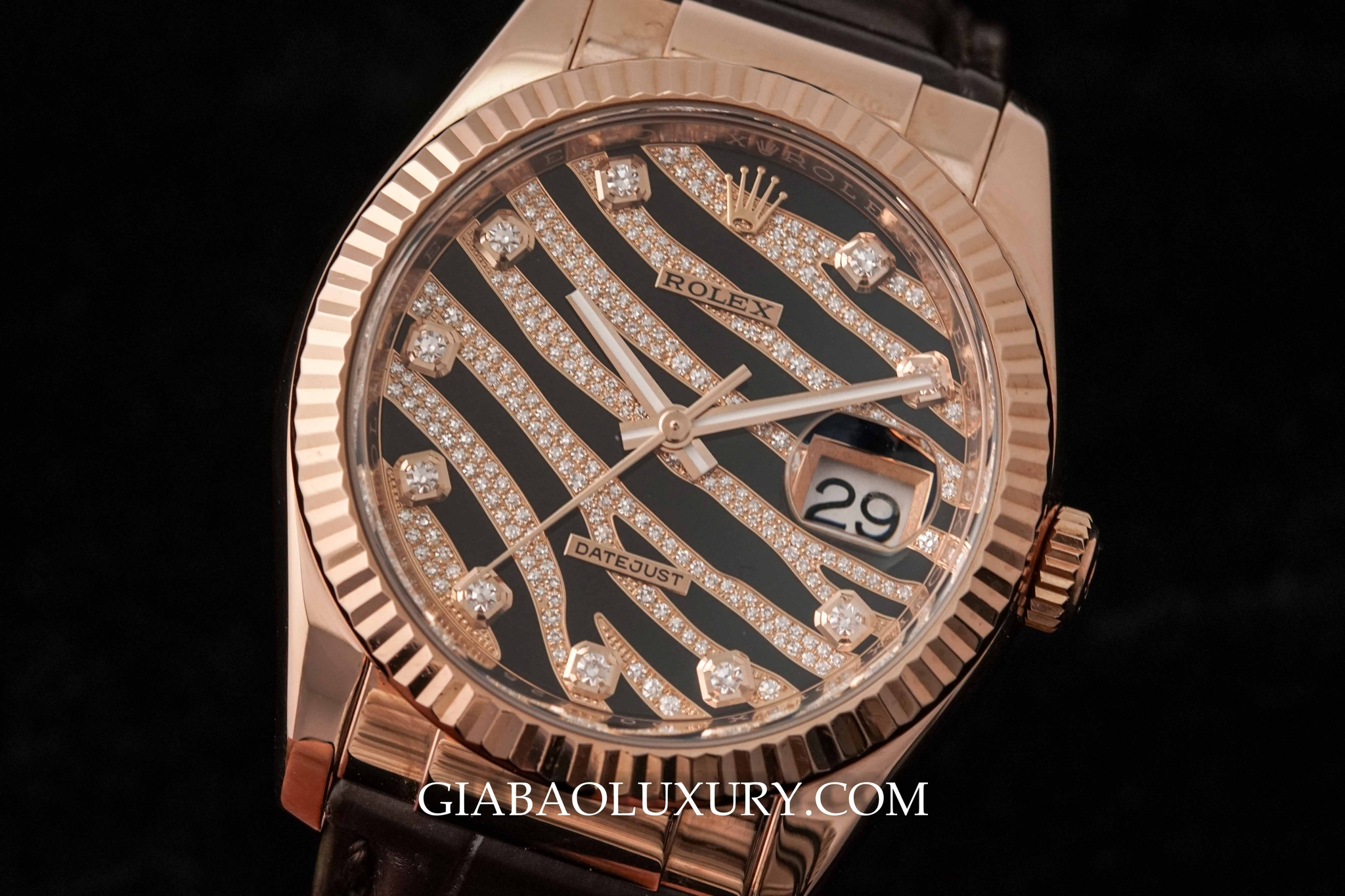Đồng Hồ Rolex Datejust 116135 Diamond Everose 36mm