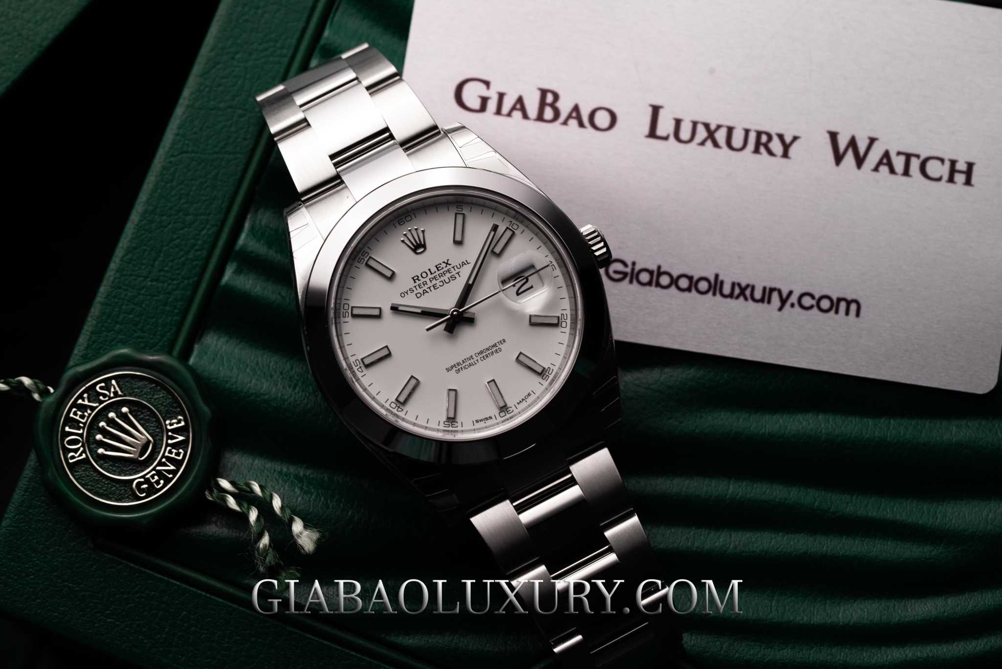 Đồng Hồ Rolex Datejust 41 126300 Mặt Số Trắng Dây Đeo Oyster
