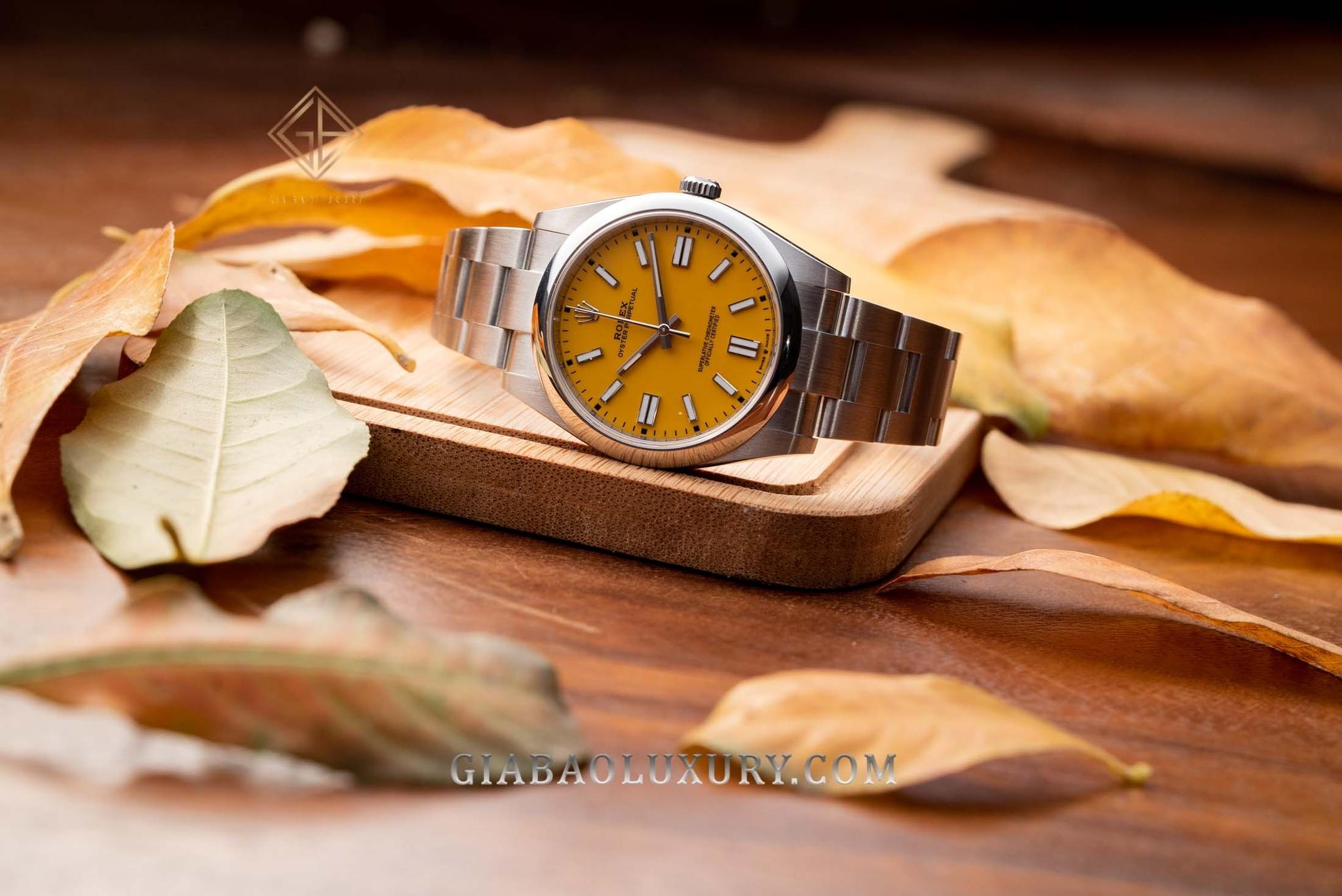 Đồng Hồ Rolex Oyster Perpetual 41 124300 Mặt Số Vàng