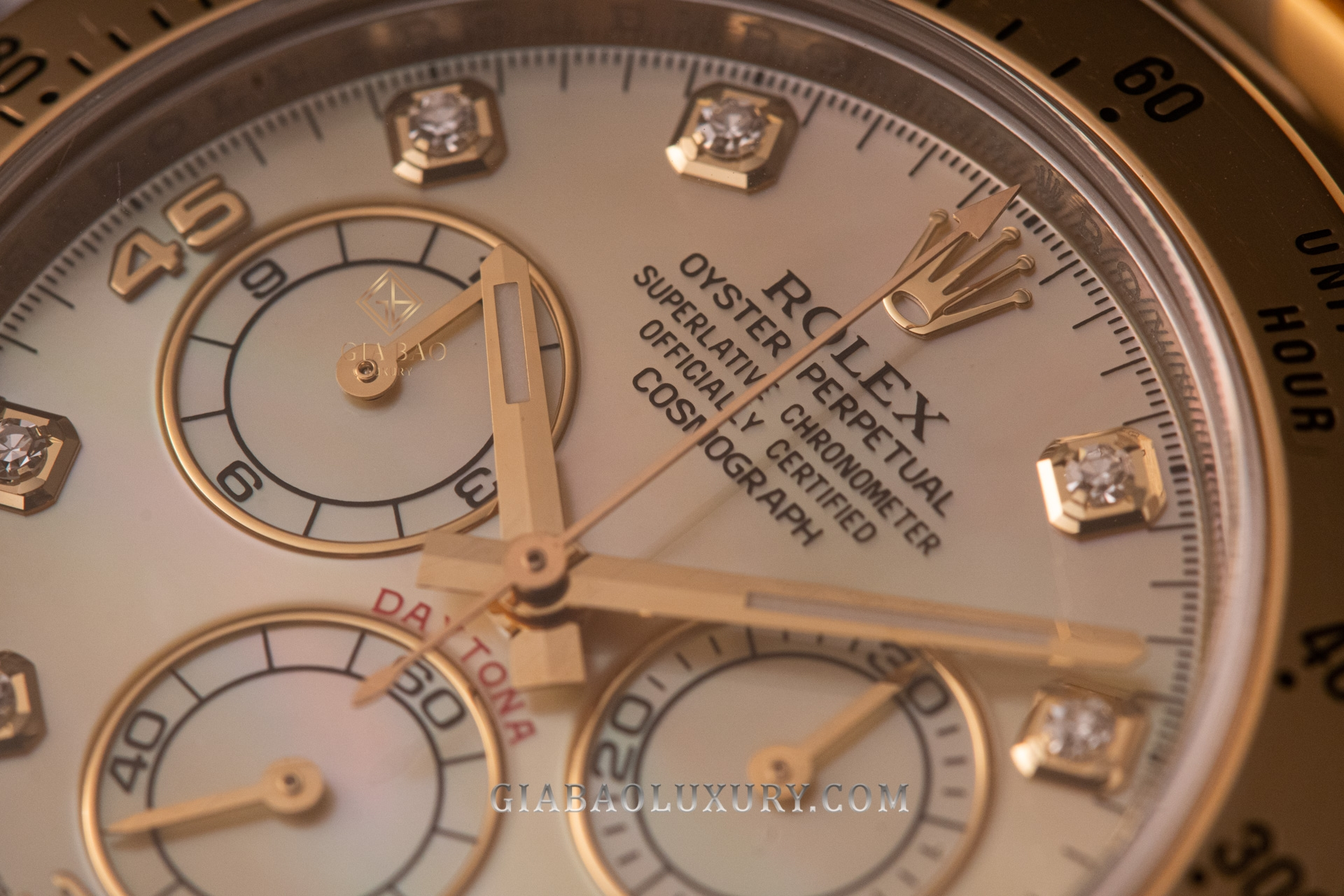 Rolex và biểu tượng vương miện 5 đỉnh - Câu chuyện thực hay chỉ là lời đồn hư cấu
