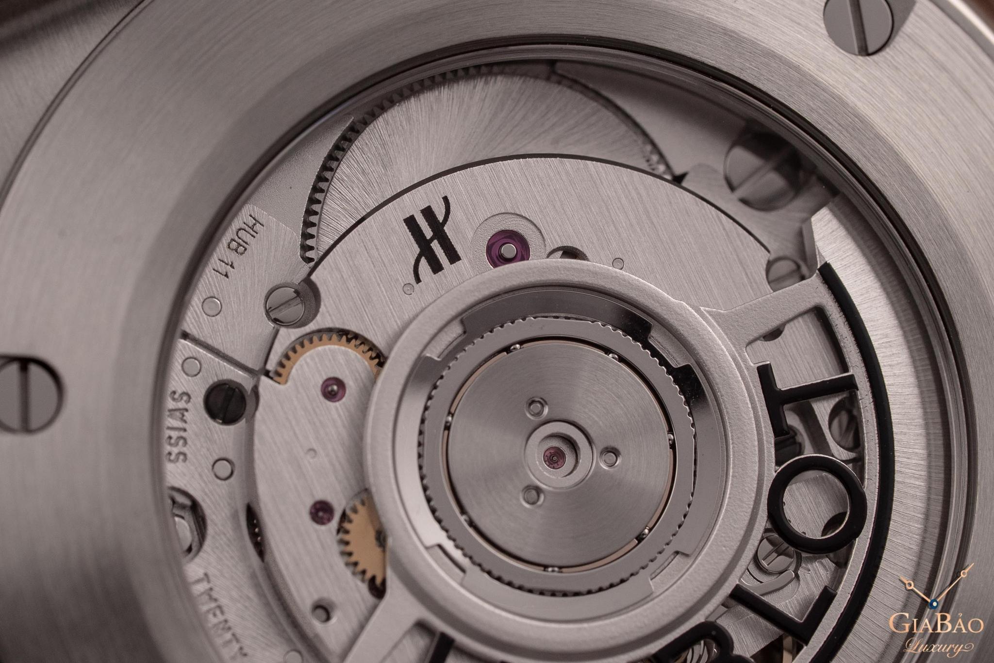 Đồng Hồ Hublot Classic Fusion Grey Titanium 42mm 511.NX.7071.LR
