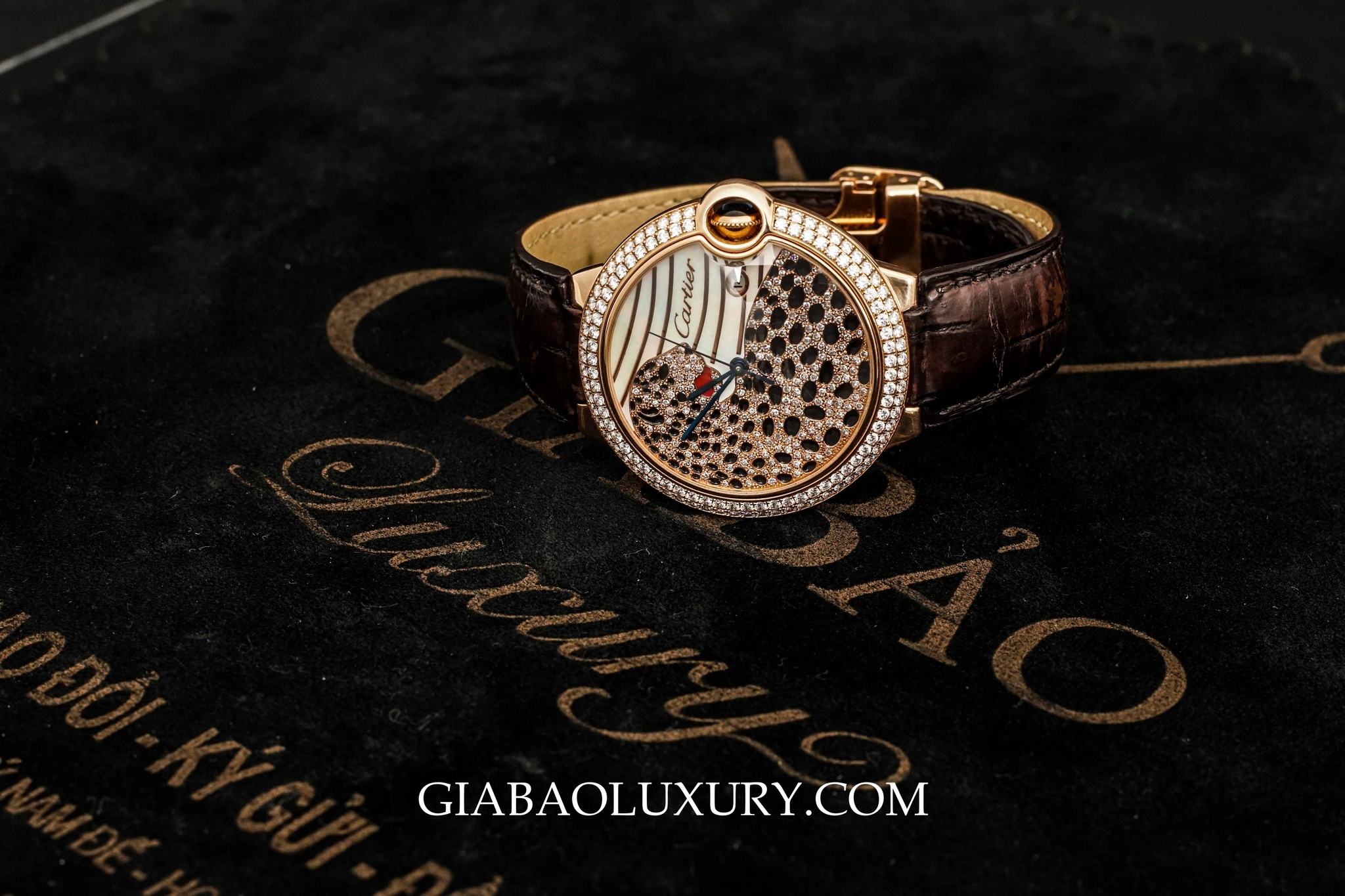 Đồng Hồ Cartier Ballon Bleu Panther Rose Gold With Diamonds