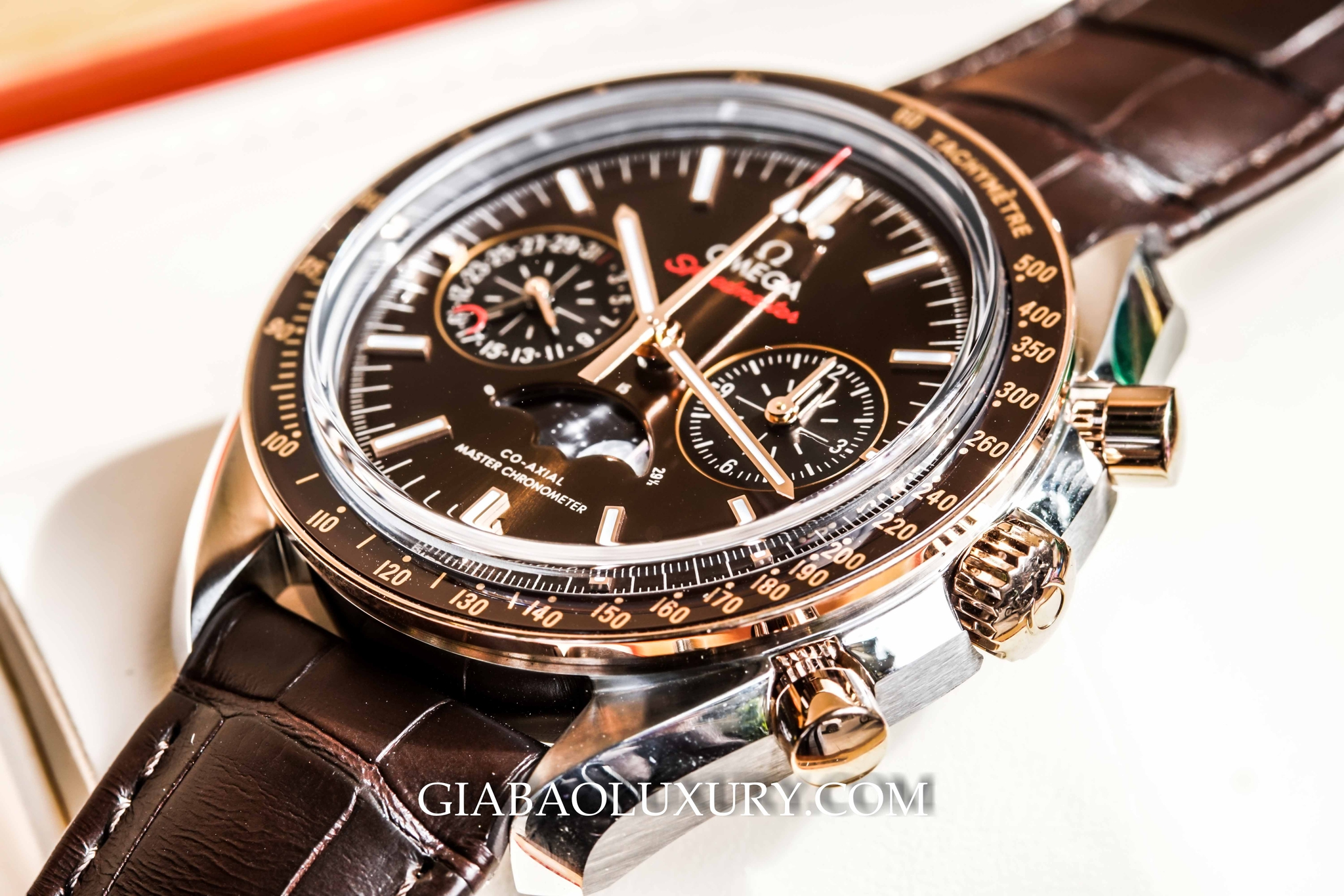 đồng hồ Omega Speedmaster Moonwatch Moonphase Chronograph