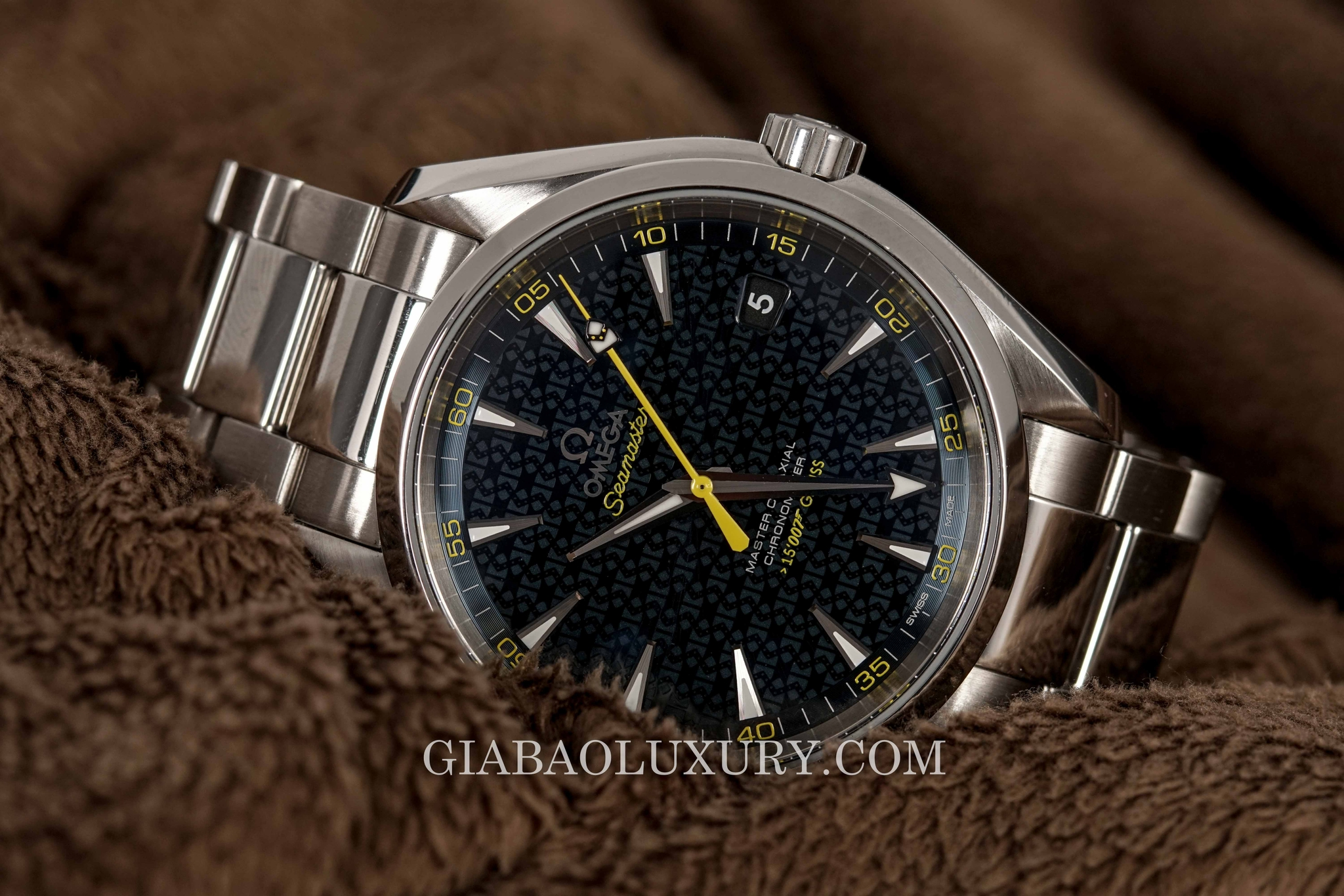 Đồng Hồ Omega Seamaster James Bond Limited Edition Aqua Terra 231.10.42.21.03.004
