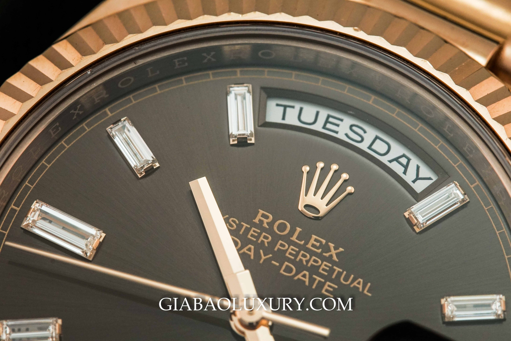 Đồng Hồ Rolex Day Date 40  Everose Chocolate Diamonds