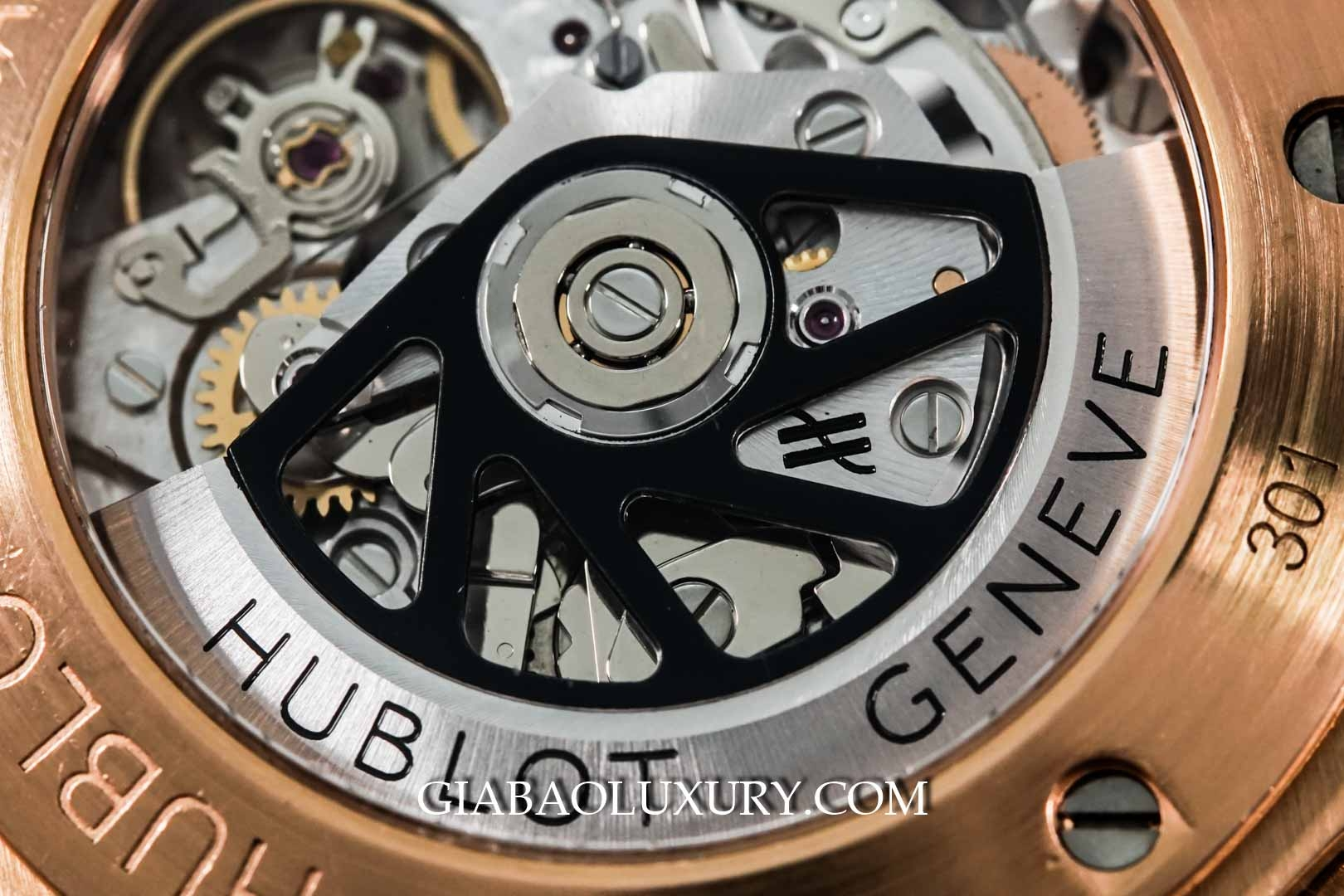Đồng Hồ Hublot Big Bang Chronograph 44mm Rose Gold Diamond