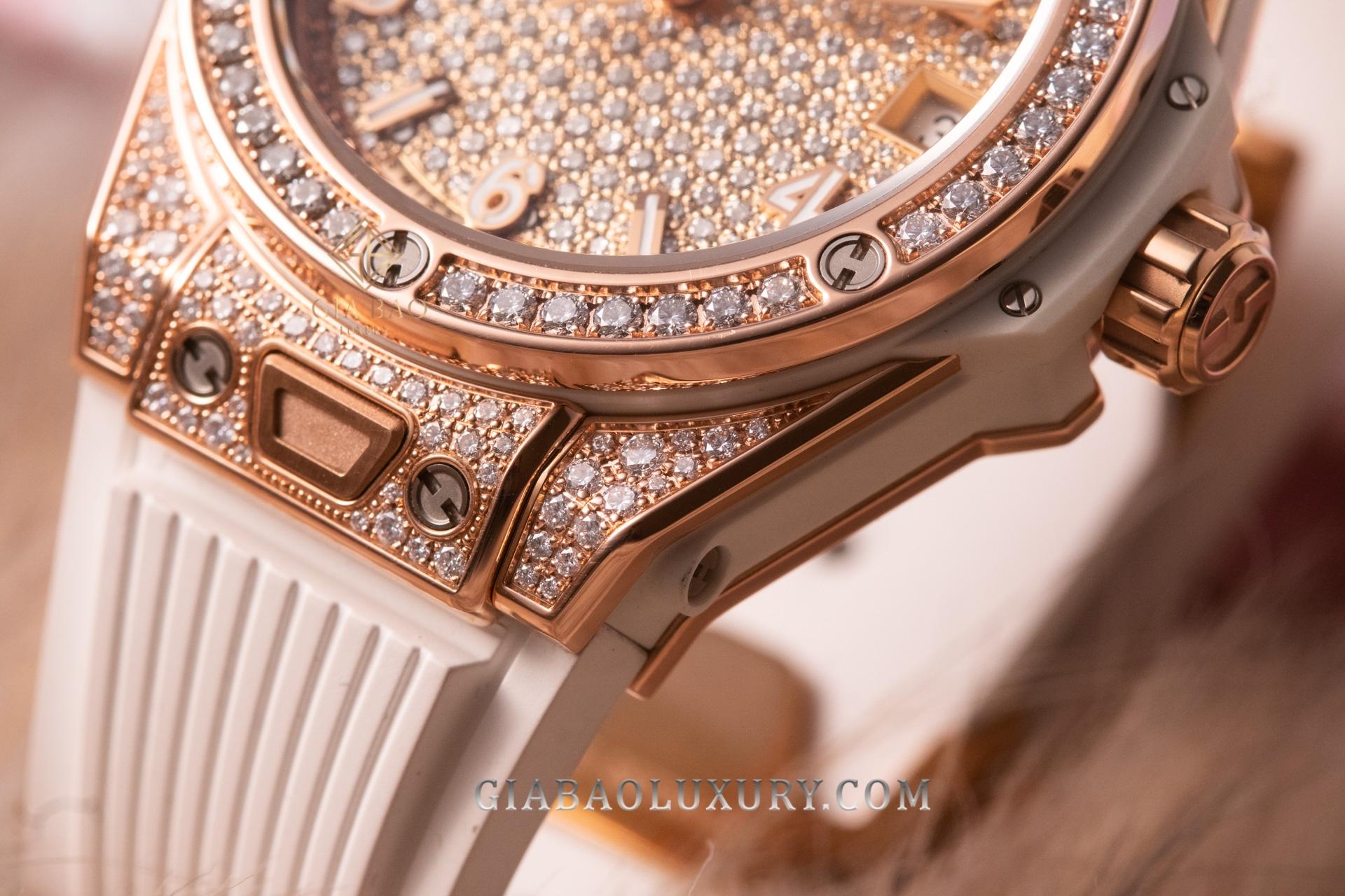 Đồng Hồ Hublot Big Bang One Click King Gold White Full Pavé 39mm 465.oe.9010.rw.1604