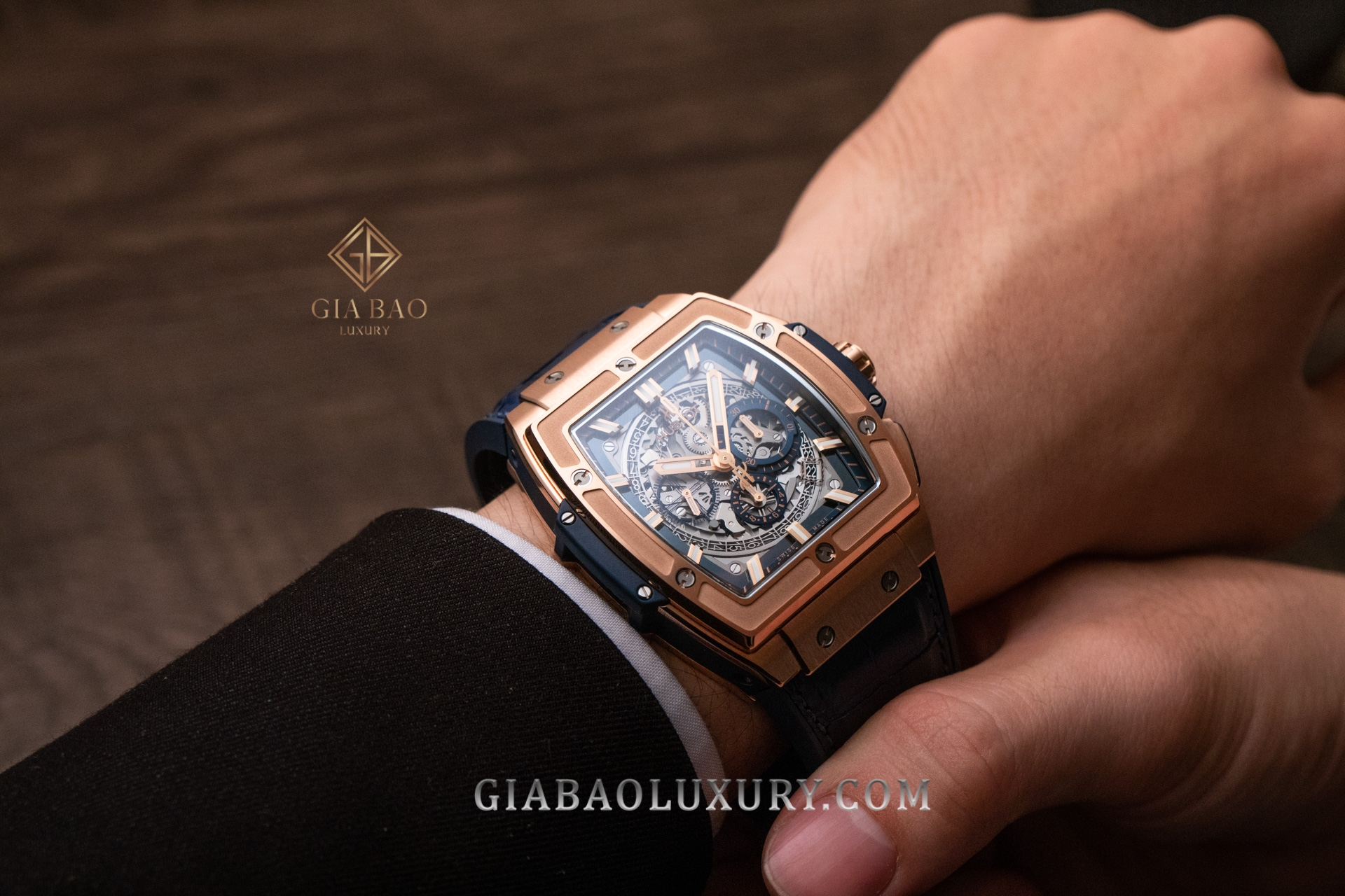 Đồng Hồ Hublot Spirit Of Big Bang 601.OX.7180.LR