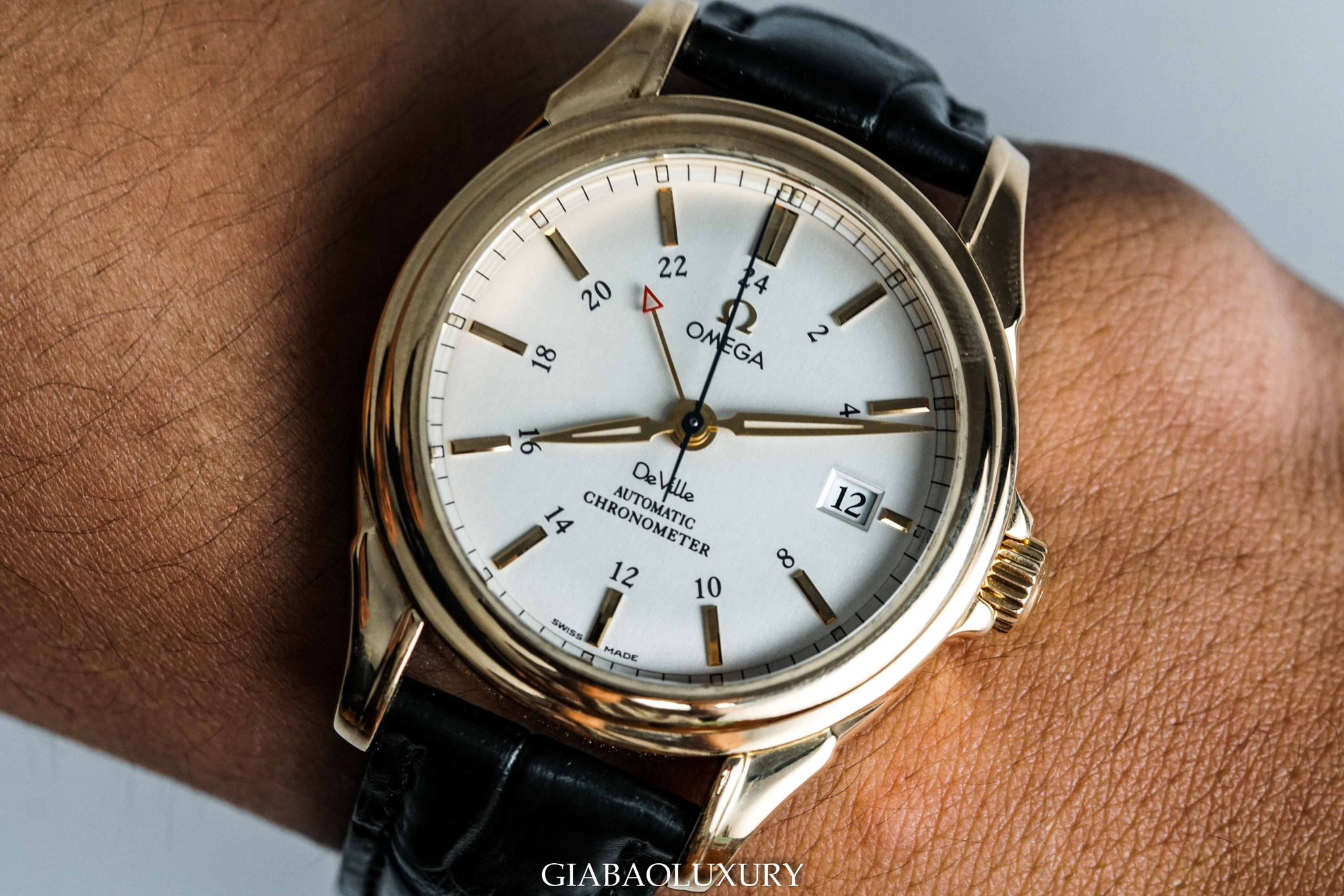 Đồng Hồ Omega Deville Co-Axial Escapement GMT