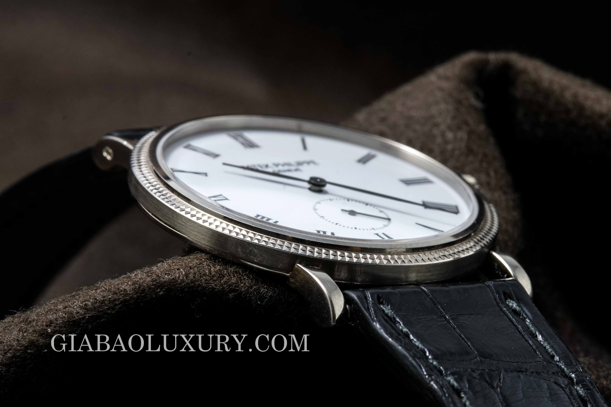 watch patek philippe calatrava