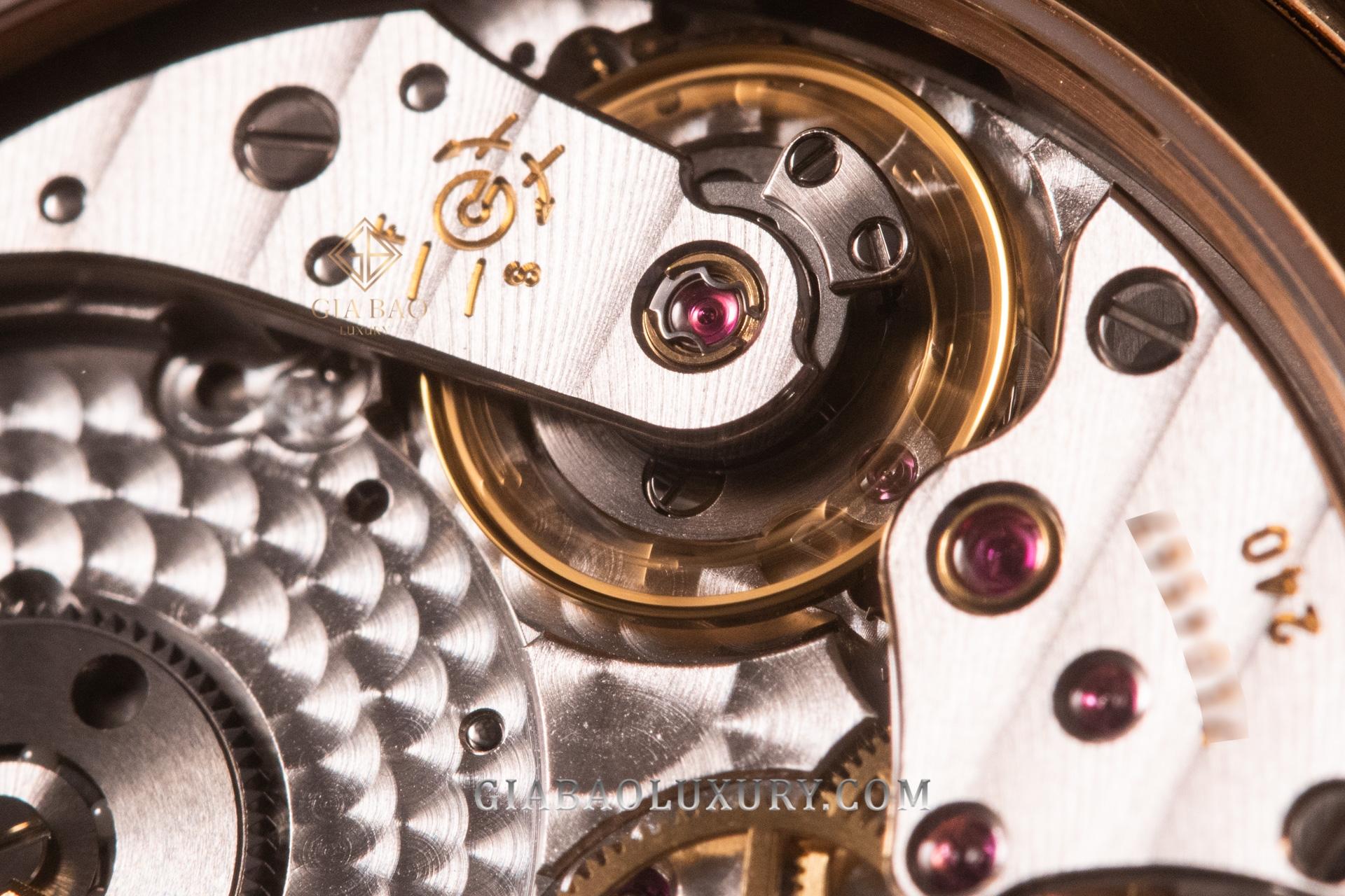 So sánh đồng hồ Patek Philippe Grand Complications 5327 và 5140