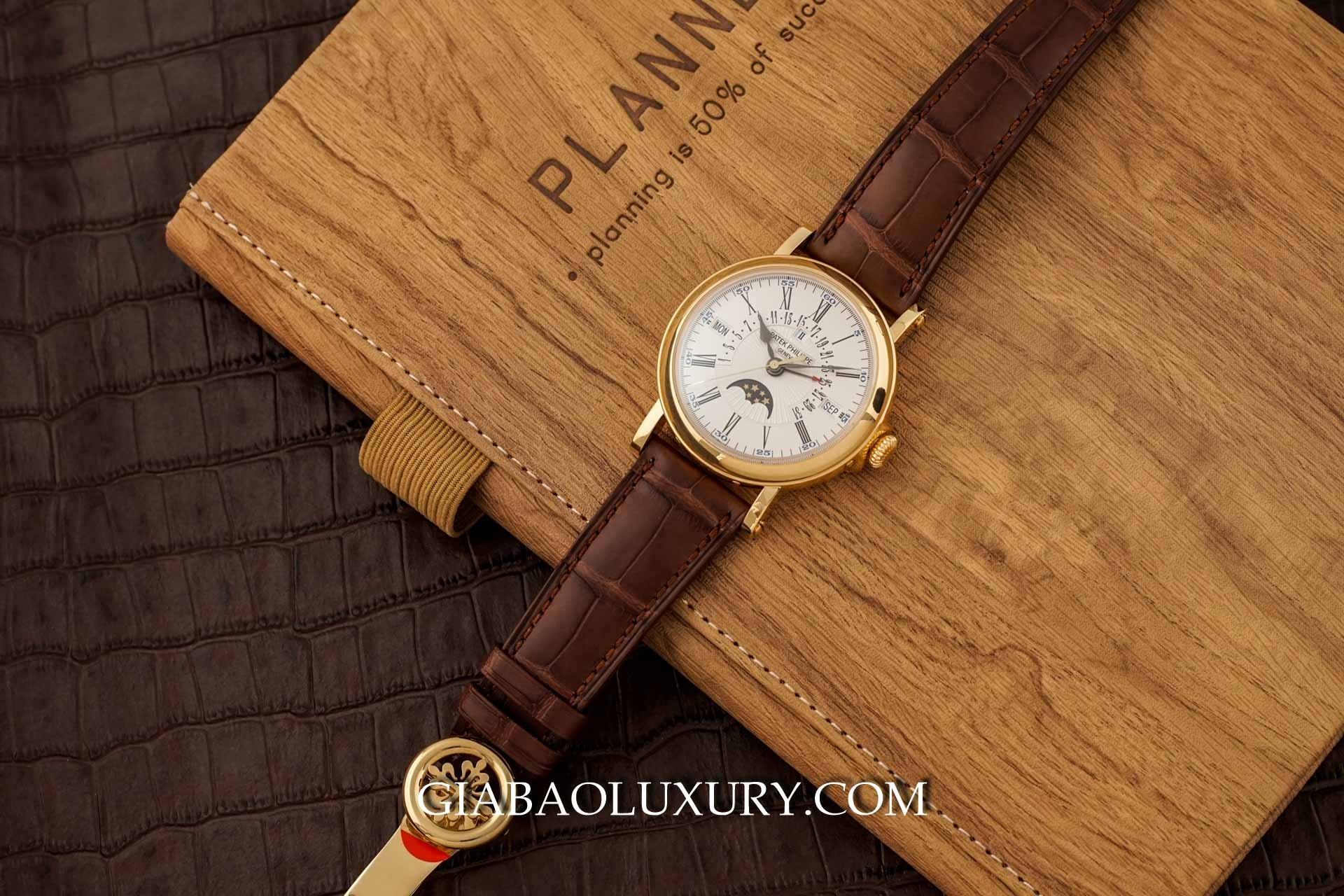 Đồng hồ Patek Philippe Grand Complications 5159J-001