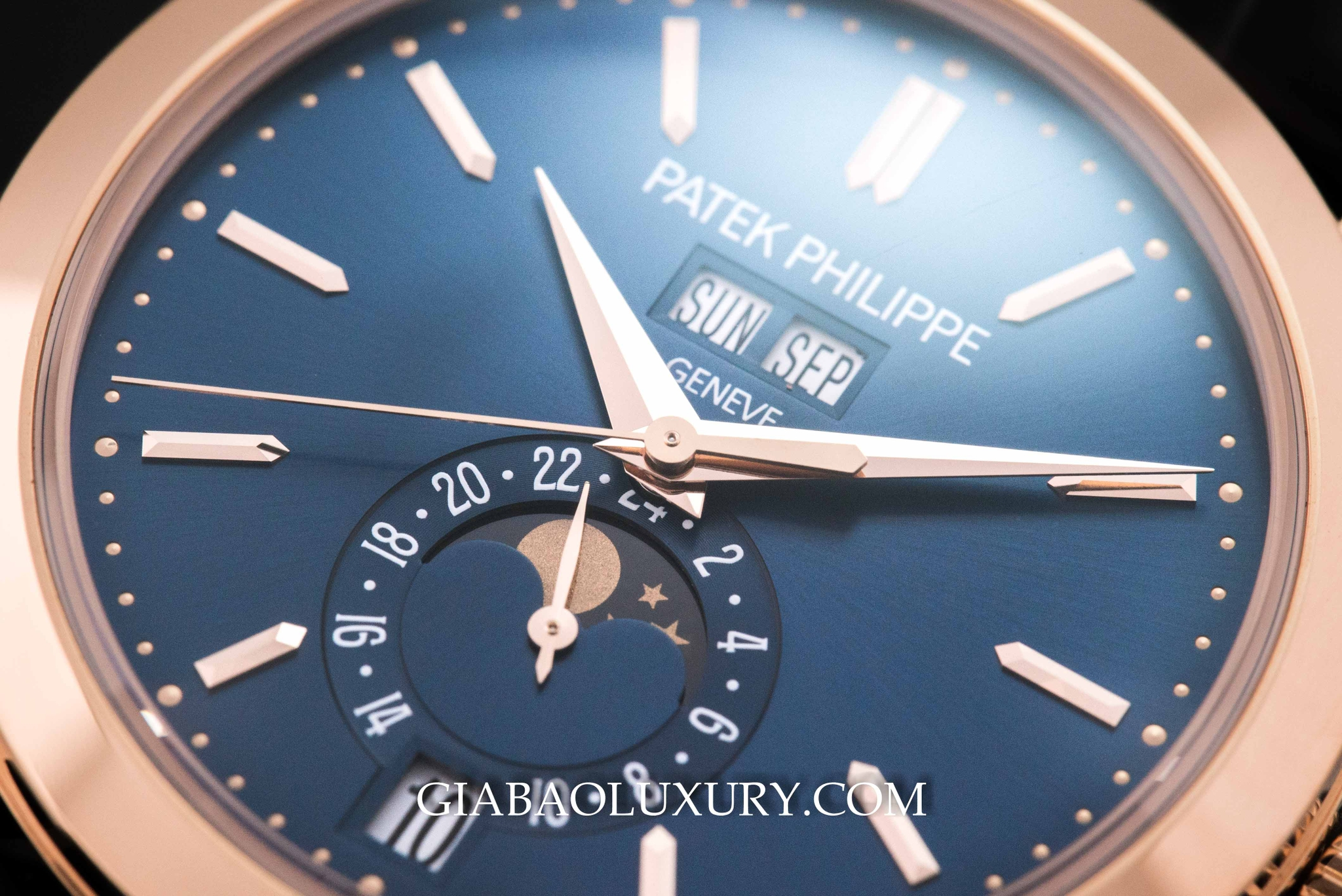 Đồng Hồ Patek Philippe Annual Calendar 5496R-014 Mid Night Blue