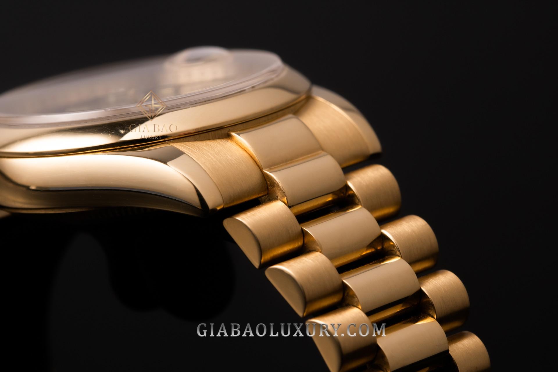 Đồng Hồ Rolex Day Date 36 118208 Mặt Số Đen Nạm Kim Cương
