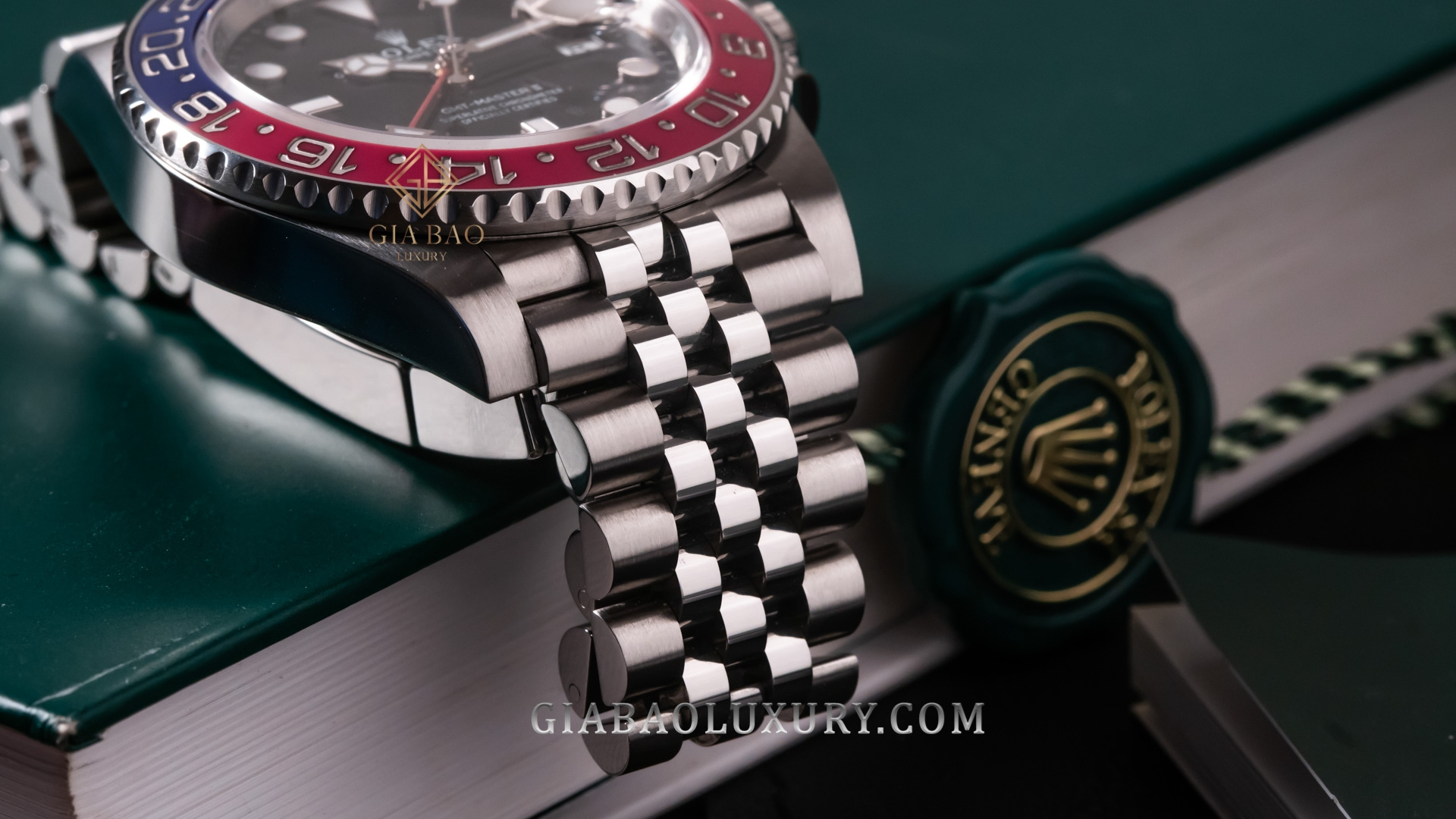 "Đồng Hồ Rolex GMT Master II 126710 BLRO Mark I "" rất hiếm"""