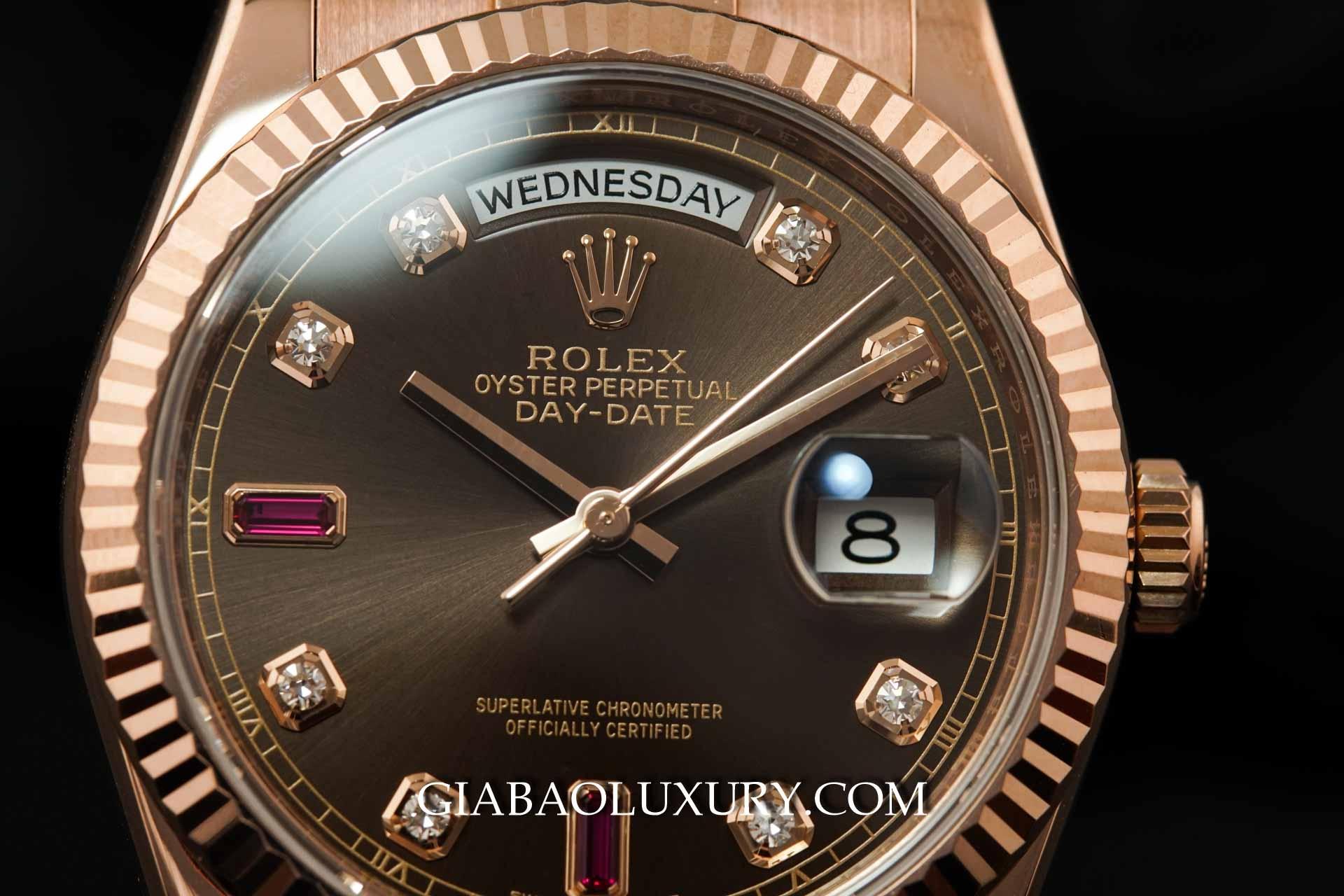 Đồng hồ Rolex Day-Date 118235 Mặt Số Chocolate Đá Ruby Đỏ Dây Đeo Oyster