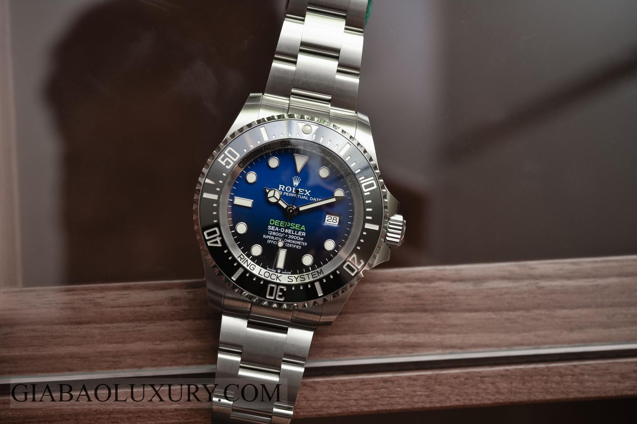 Đồng hồ Rolex Deepsea 126660 Mặt số D-Blue
